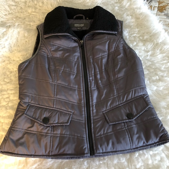 Kenneth Cole Reaction Jackets & Blazers - KENNETH COLE REACTION JACKET VEST